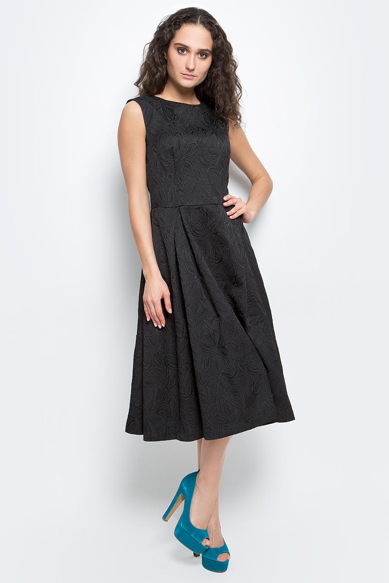 ПлатьеB457063_Black JacquardСтильное платье Baon выполнено из высококачественного комбинированного материала с жаккардовым узором. Модель приталенного силуэта, без рукавов имеет круглый вырез горловины и пышную юбку. Платье застегивается на потайную застежку-молнию на спинке. В таком платье вы будете выглядеть женственно и элегантно.