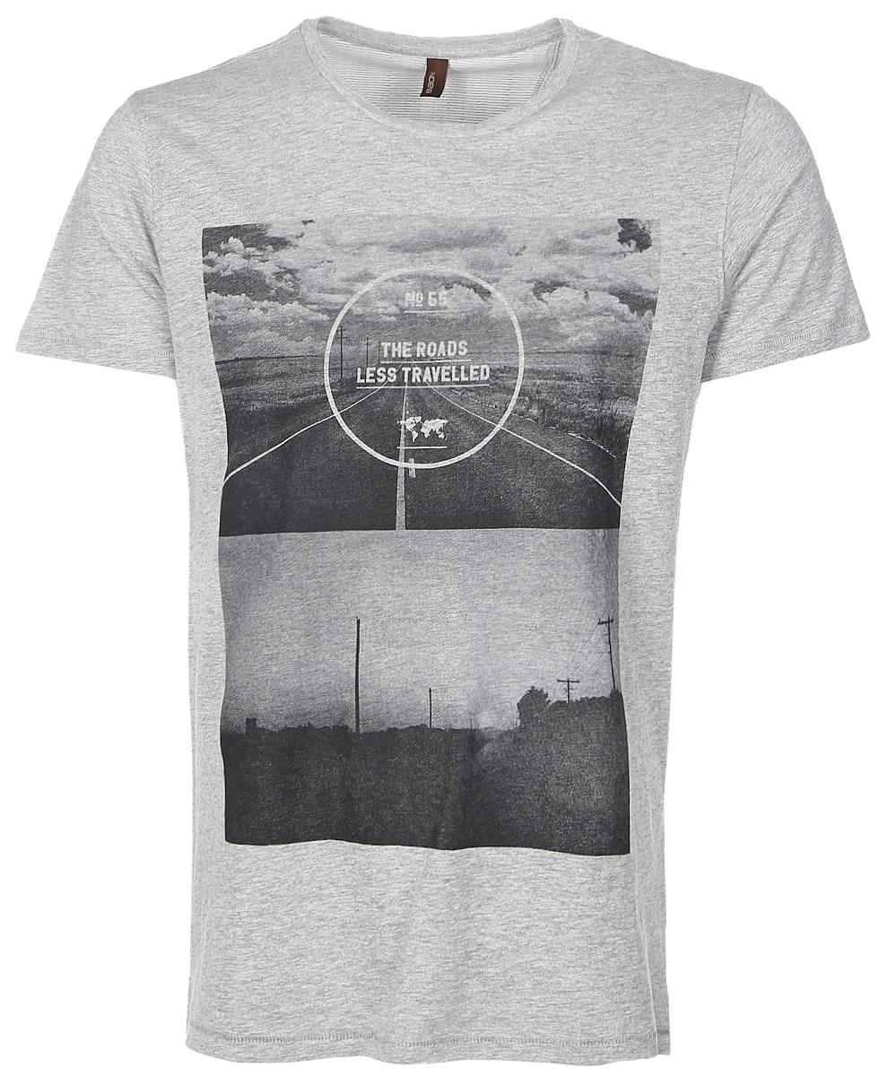 ФутболкаB737035_Cold Grey MelangeСтильная мужская футболка Baon изготовлена из натурального хлопка. Материал очень мягкий и приятный на ощупь. Модель прямого кроя с круглым вырезом горловины и короткими рукавами оформлена оригинальным принтом и надписями. Такая футболка займет достойное место в вашем гардеробе.