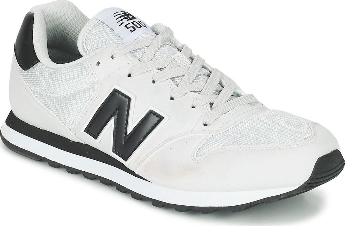 Кроссовки мужские New Balance 500, цвет: белый. GM500GWK/D. Размер 9 (42,5)GM500GWK/DСтильные мужские кроссовки от New Balance придутся вам по душе. Верх модели выполнен из высококачественныхматериалов. По бокам обувь оформлена, контрастными, декоративными элементами в виде фирменного логотипа бренда, на язычке - фирменной нашивкой. Классическая шнуровка надежно зафиксирует изделие на ноге. Мягкая верхняя часть и стелька, изготовленные из текстиля, гарантируют уют и предотвращают натирание. Подошва оснащена рифлением для лучшей сцепки с поверхностями. Удобные кроссовки займут достойное место среди коллекции вашей обуви.