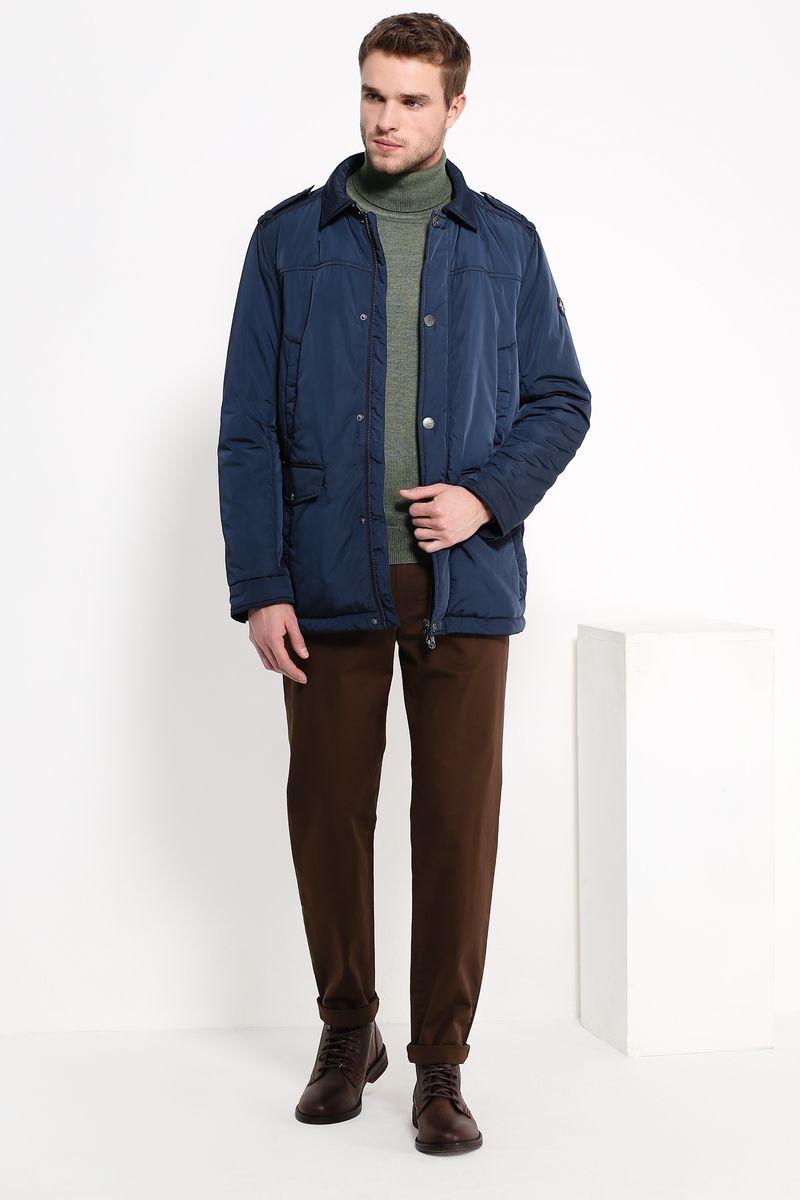 Куртка мужская Finn Flare, цвет: темно-синий. B17-21005. Размер XXL (54)B17-21005Куртка мужская Finn Flare выполнена из полиэстера. Модель с отложным воротником и длинными рукавами застегивается на застежку-молнию и кнопки.