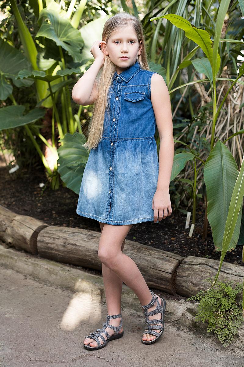 Платье для девочки Luminoso, цвет: синий. 718163. Размер 164718163Платье из тонкого хлопка под джинсу с отложным воротничком застегивается на оригинальные пуговки.