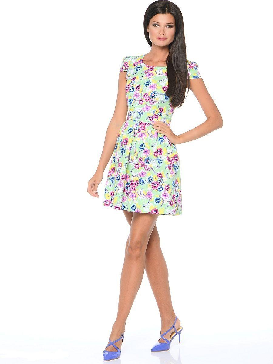 ПлатьеWD-2474FПлатье прилегающего силуэта, с короткими рукавами в виде крылышек, отрезное по линии талии. Юбка расклешенная, со складками от талии.