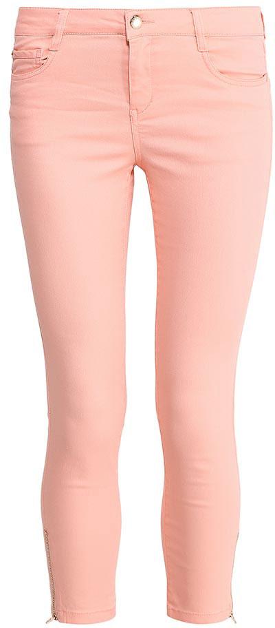 Брюки женские Sela, цвет: пепельно-персиковый. P-315/796-7213. Размер 44P-315/796-7213Стильные укороченные брюкиSela, изготовленные из качественного хлопкового материала, станут отличным дополнением гардероба в летний период. Брюки прилегающего кроя и стандартной посадки на талии застегиваются на застежку-молнию и пуговицу. На поясе имеются шлевки для ремня. Низ брючин оформлен металлическими молниями с боков. Модель дополнена двумя втачными и накладным кармашком спереди и двумя накладными карманами сзади.