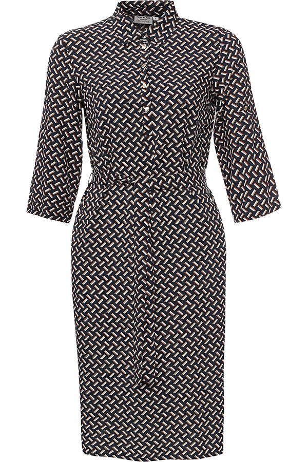 Платье Finn Flare, цвет: темно-синий. S17-11043_101. Размер M (46)S17-11043_101Платье Finn Flare выполнено из 100% вискозы. Модель с отложным воротником и рукавами 3/4 застегивается на пуговицы.