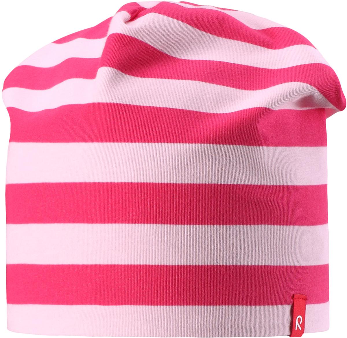 Шапка детская528515-8801Легкая шапка для малышей яркой расцветки с УФ-защитой 40+. Шапка изготовлена из дышащего и быстросохнущего материла Play Jersey, эффективно выводящего влагу с кожи. Двусторонняя шапка в одно мгновение превращается из разноцветной в однотонную!