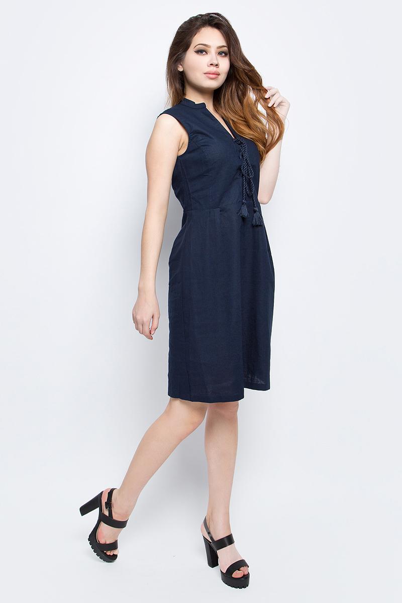 СарафанB467013_Dark NavyСарафан женский Baon выполнен из льна и хлопка. Изделие имеет приталенный силуэт и юбку-трапецию. Застёжка-молния расположена сбоку. Спереди сарафан украшен шнуровкой.