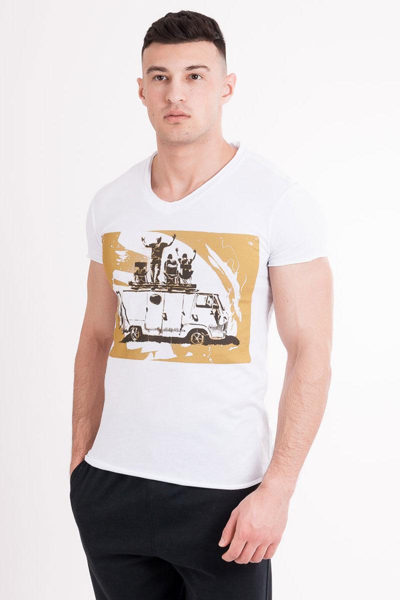 Футболка17-359-0_11121Стильная мужская футболка Mark Formelle изготовлена из 100% натурального хлопка. Модель имеет стандартные короткие рукава и круглый вырез горловины. Изделие дополнено оригинальным рисунком.