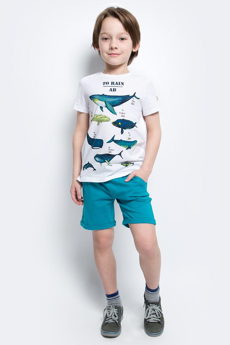 Шорты117BBBC54010300Модные трикотажные шорты на резинке - прекрасное решение на каждый день! И дома, и в лагере, и на спортивной площадке шорты для мальчика обеспечат комфорт. Купить детские шорты от Button Blue, значит, сделать каждый летний день ребенка радостным и беззаботным!