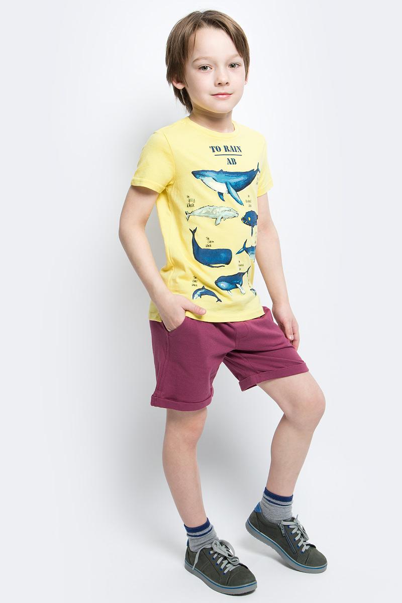 Футболка для мальчика Button Blue Main, цвет: желтый. 117BBBC12022700. Размер 98, 3 года117BBBC12022700Футболка с принтом - не только базовая вещь в гардеробе ребенка, но и основа модного летнего образа. Если вы решили купить недорогую футболку для мальчика, выберете футболку от Button Blue. Высокое качество подарит удобство, комфорт и принесет удовольствие от покупки.