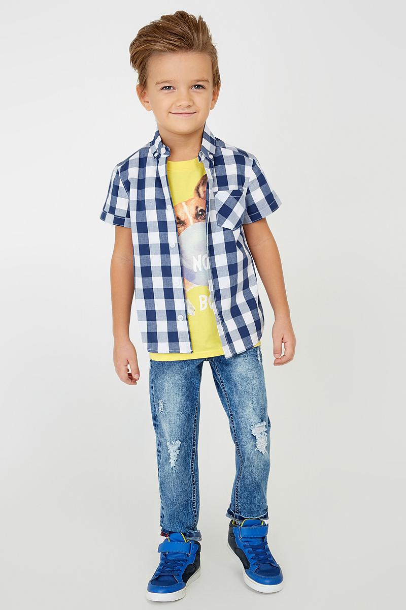 Рубашка20100290001_500Рубашка из хлопкового поплина в клетку, декорированная одним нагрудным карманом. Модель с коротким рукавом, классическим воротником и застежкой на пуговицы.