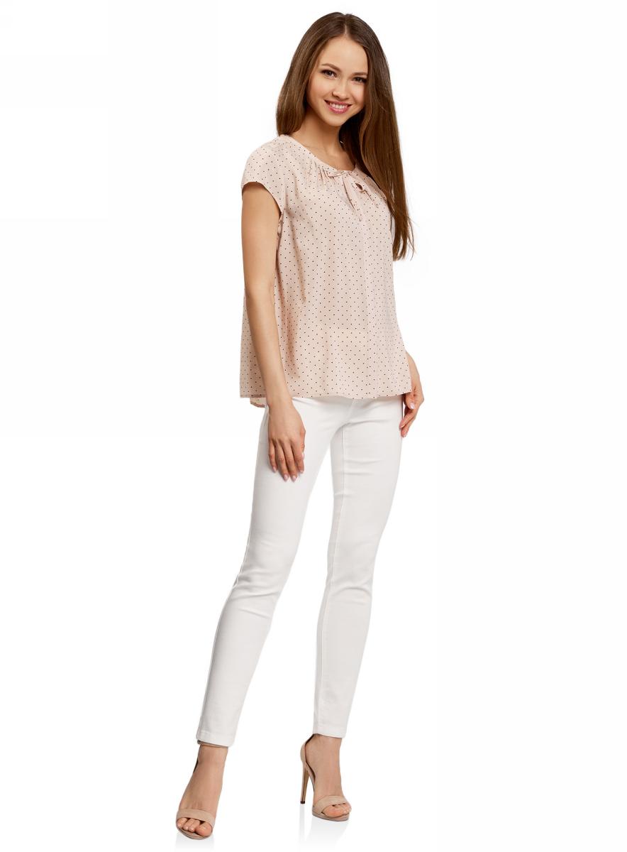 Блузка11411154/24681/1229QБлузка женская oodji Ultra выполнена из высококачественного материала. Модель с круглым вырезом горловины и короткими рукавами.