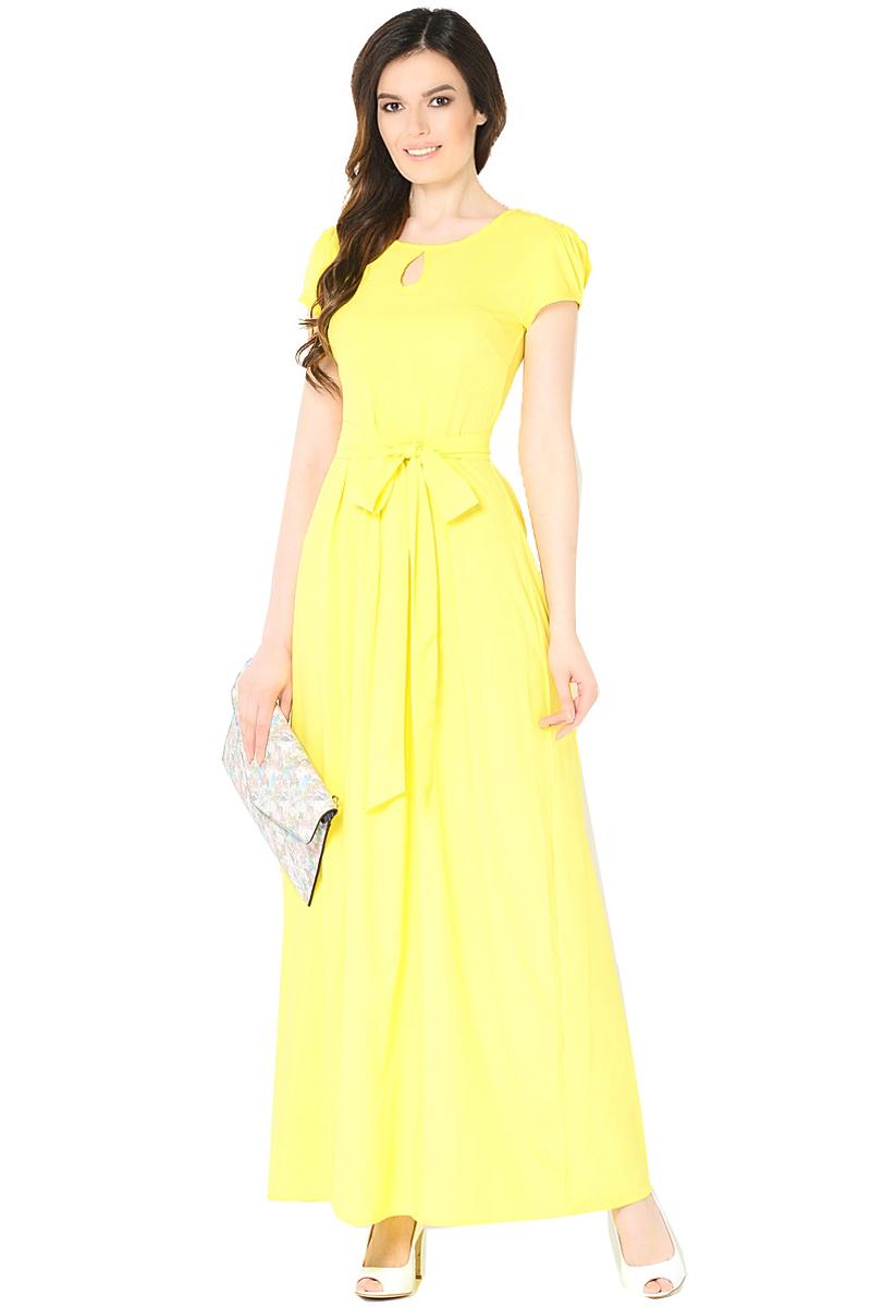 ПлатьеWD-2470FПлатье длинное полуприлегающего силуэта, с короткими втачными рукавами, отрезное по линии талии, со съемным поясом.