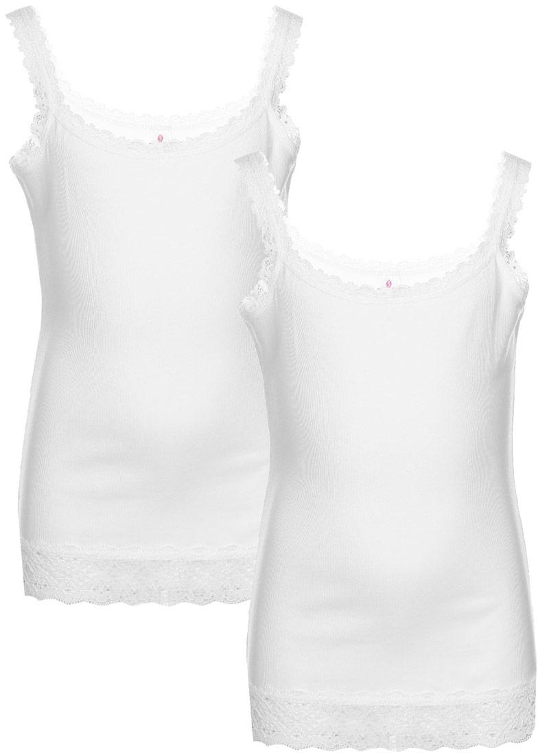 МайкаN4056-1Майка для девочки от Baykar выполнена из эластичной хлопковой ткани. Модель с круглым вырезом горловины и тонкими бретельками. Изделие дополнено кружевной окантовкой.