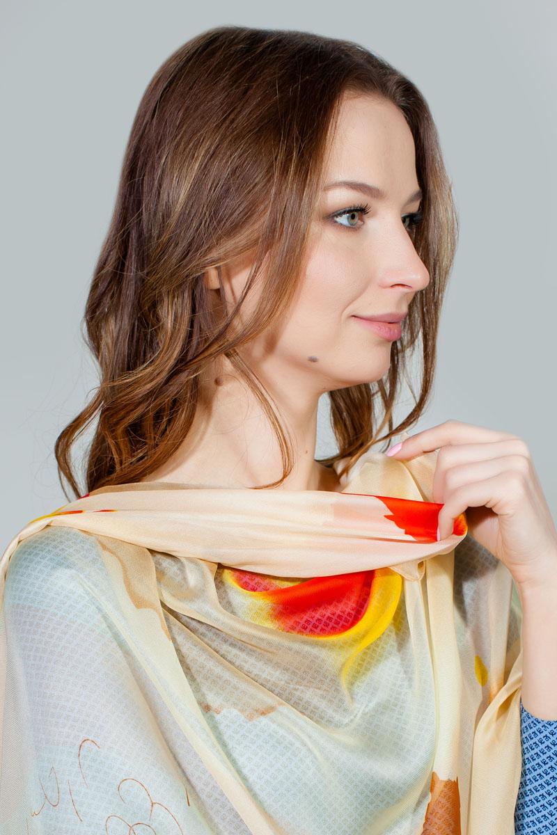ПалантинHL-11701-28Яркий палантин Sophie Ramage изготовлен из шелка и полиэстера. Модель оформлена оригинальным принтом. Изделия Sophie Ramage приятные на ощупь и подойдут к любому стилю.