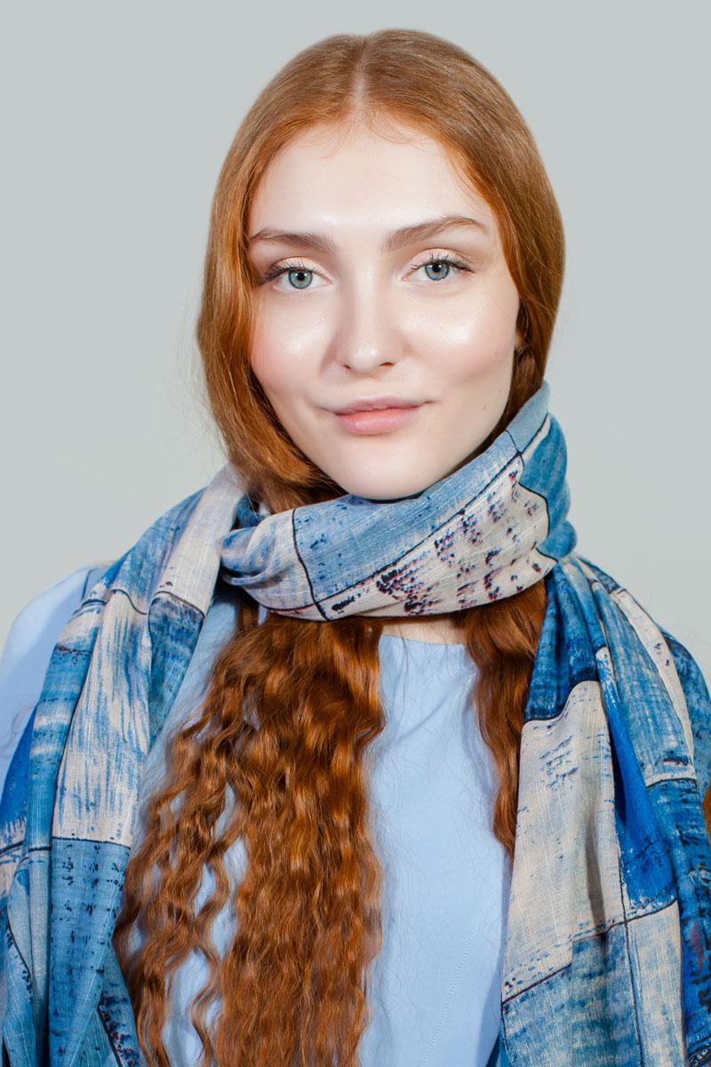 ПалантинRW-11701-5Яркий палантин Sophie Ramage изготовлен из модала и шелка. Модель оформлена оригинальным принтом. Изделия Sophie Ramage приятные на ощупь и подойдут к любому стилю.