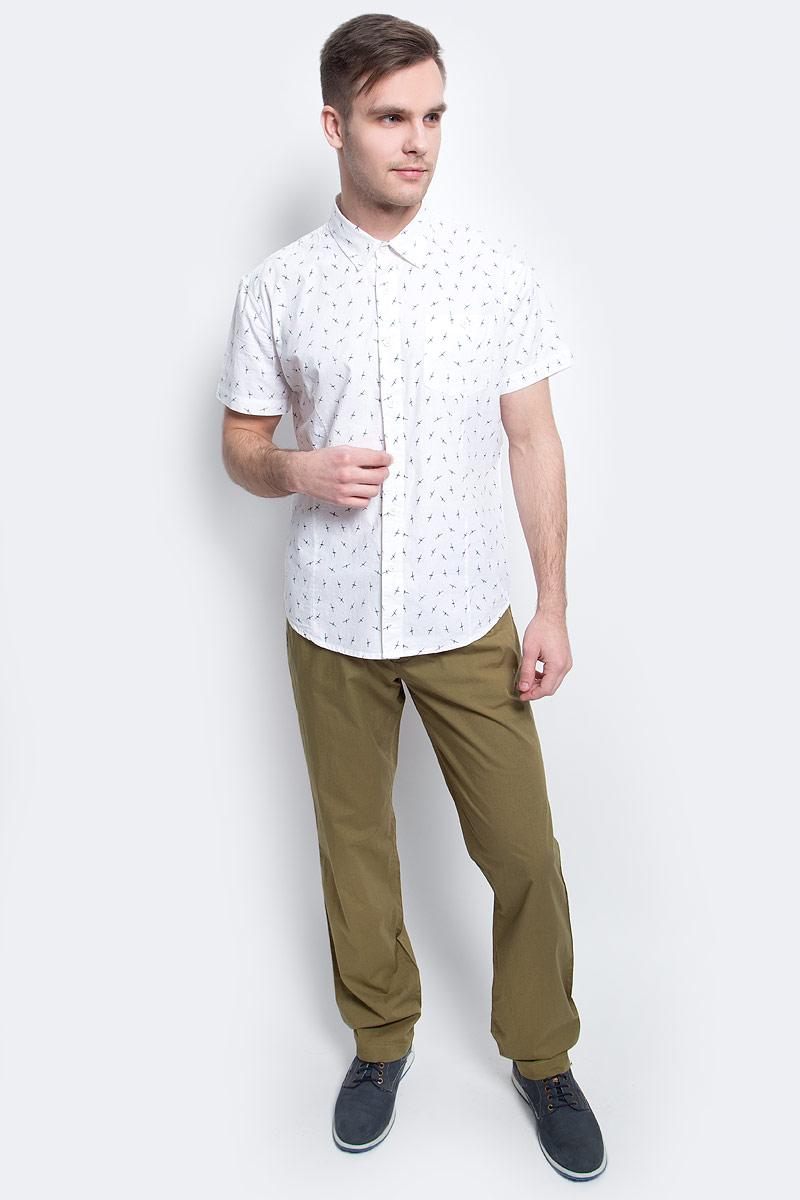 РубашкаS17-24016_101Рубашка мужская Finn Flare выполнена из хлопка. Модель с отложным воротником и короткими рукавами застегивается на пуговицы.