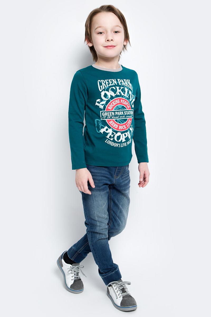 ЛонгсливФБ393С0208Лонгслив для мальчика БЕМБІ изготовлен их хлопка с добавлением эластана. Модель выполнена с круглой горловиной и длинными рукавами. Спереди изделие оформлено ярким принтом, ворот оформлен резинкой контрастного цвета.