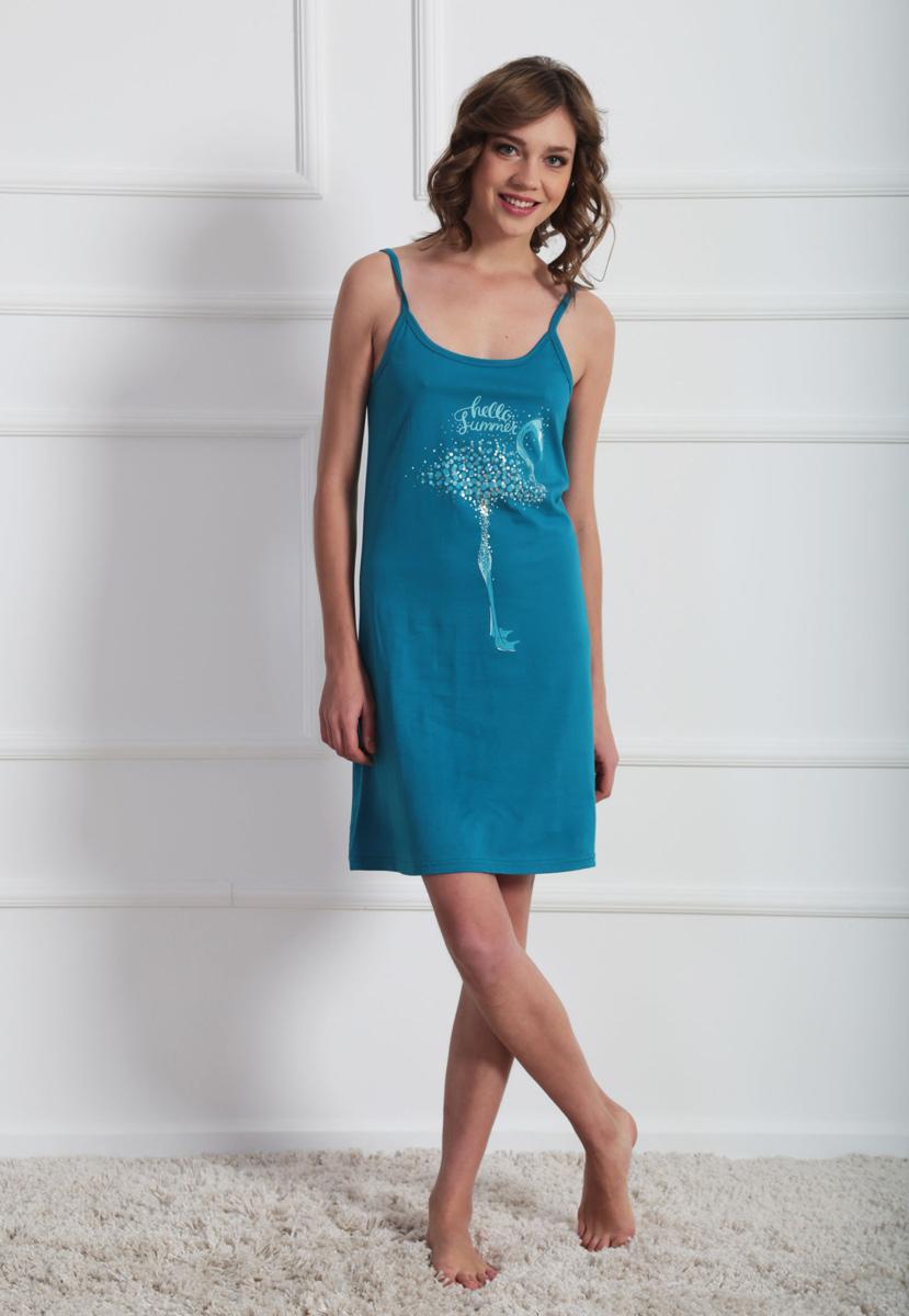 Платье домашнее611099 0000Женское домашнее платье Vienettas Secret выполнено из 100% натурального хлопка. Изделие на бретельках имеет глубокое декольте с круглым вырезом и длину мини. Модель свободного кроя не стесняет движений и комфортна для домашней носки. Платье выполнено в однотонном дизайне и дополнено изображением фламинго.