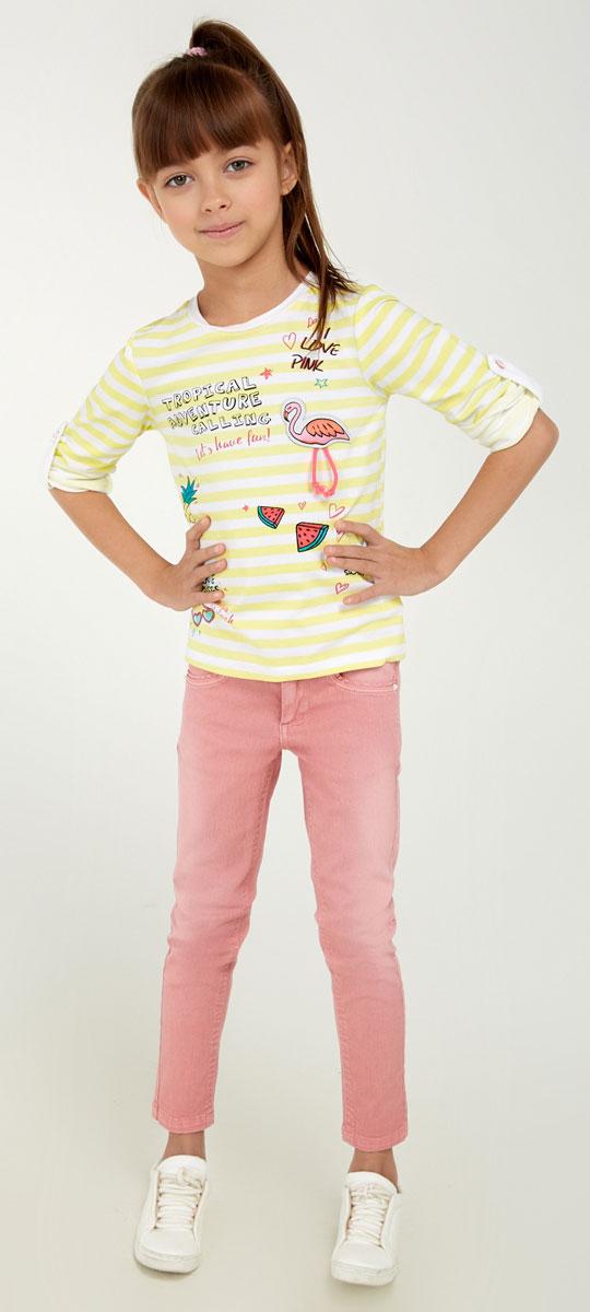 Брюки для девочки Acoola Nicky, цвет: нежно-розовый. 20220160099_3405. Размер 9820220160099_3405Стильные брюки для девочки Acoola Nicky идеально подойдут вашей маленькой моднице. Изделие выполнено из хлопкового твила яркой расцветки и декорировано выбеленным эффектом. Модель слим со средней посадкой имеет регулируемую резинку на талии и застегивается на молнию и пуговицу. На поясе предусмотрены шлевки для ремня. Брюки дополнены тремя карманами спереди и двумя накладными - сзади. Такие брюки займут достойное место в гардеробе вашего ребенка.