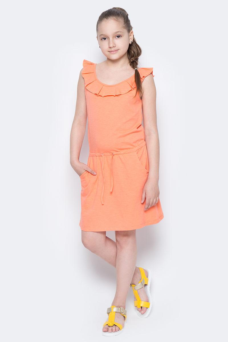 Платье для девочки Sela, цвет: коралловый. Dksl-617/032-7244. Размер 134, 9 летDksl-617/032-7244Стильное платье для девочки Sela выполнено из натурального хлопка и дополнено двумя втачными карманами. Модель прямого кроя без рукавов имеет вшитый пояс на кулиске, подчеркивающий линию талии, и оформлена воланом вдоль выреза горловины. Мягкая ткань комфортна и приятна на ощупь. Круглый вырез горловины и проймы дополнены мягкой эластичной бейкой. Платье подойдет для прогулок и дружеских встреч и станет отличным дополнением гардероба юной модницы в летний период.