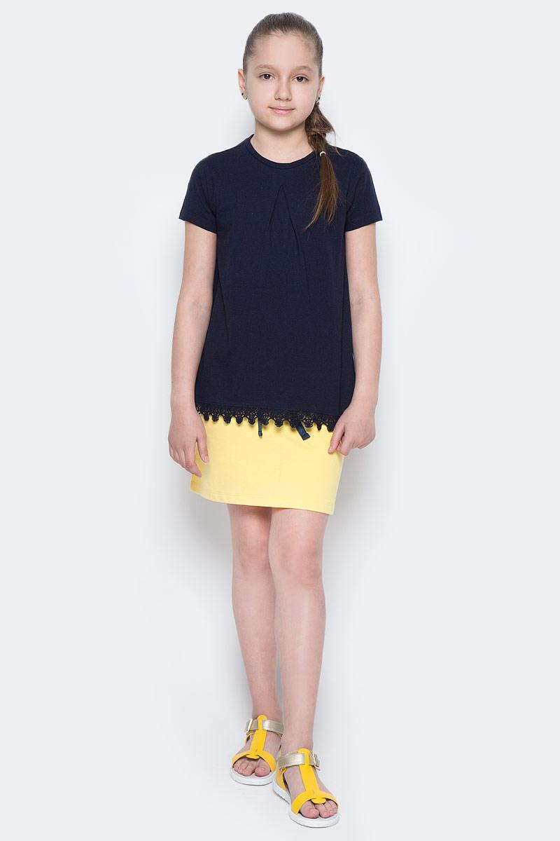 Футболка для девочки Sela, цвет: темно-синий. Ts-611/956-7172. Размер 116, 6 летTs-611/956-7172Стильная футболка для девочки Sela изготовлена из натурального хлопка. Модель полуприлегающего кроя оформлена вязаным кружевом по низу. Воротник дополнен мягкой эластичной бейкой. Универсальный цвет позволяет сочетать изделие с любой одеждой.