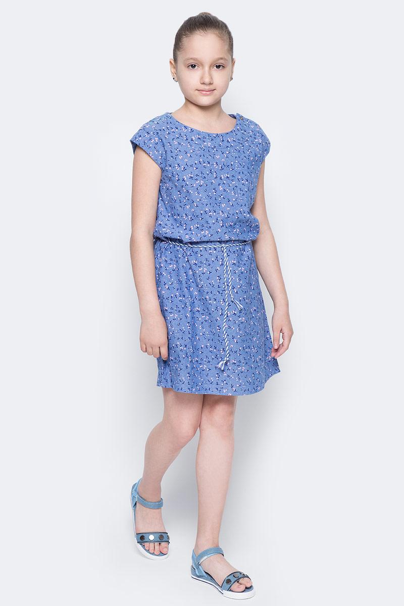 Платье для девочки Sela, цвет: синий джинс. Dsl-617/005-7223. Размер 122, 7 летDsl-617/005-7223Платье для девочки Sela выполнено из натурального хлопка и оформлено цветочным принтом. Модель прямого кроя с круглым вырезом горловины и спущенным плечом застегивается на пуговицы на плече и дополнена накладным карманом. Линию талии подчеркивает входящий в комплект плетеный ремешок-кулиска.Платье подойдет для прогулок и дружеских встреч и станет отличным дополнением гардероба юной модницы.