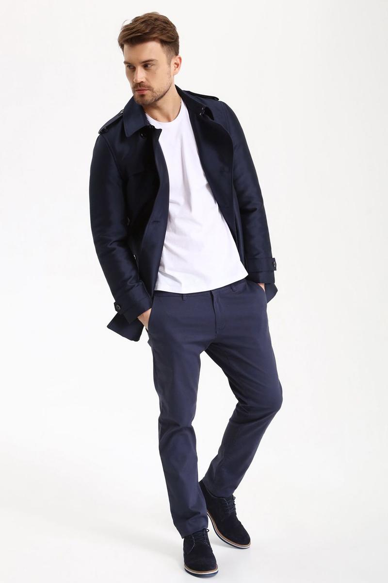 БрюкиSSP2488GRСтильные мужские брюки Top Secret - брюки высочайшего качества на каждый день, которые прекрасно сидят. Модель изготовлена из высококачественного хлопка и эластана. Застегиваются брюки на пуговицу в поясе и ширинку на молнии, имеются шлевки для ремня. Эти модные и в тоже время комфортные брюки послужат отличным дополнением к вашему гардеробу. В них вы всегда будете чувствовать себя уютно и комфортно.