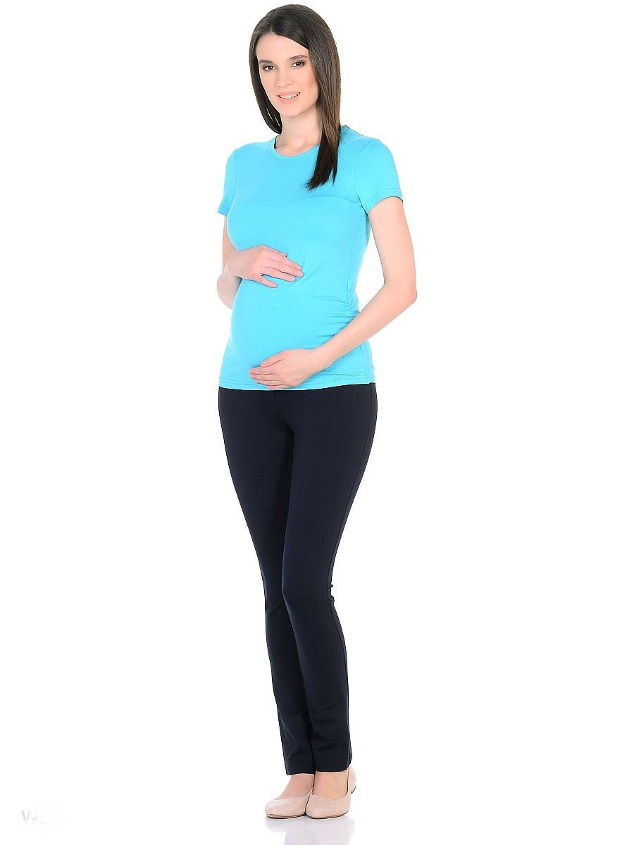 Блузка201207Футболка из вискозного трикотажа для беременных. Традиционный фасон с короткими рукавами и округлым вырезом горловины, дополнен резиночками в боковых швах, которые создают легкие сборочки и объем для животика в период беременности. После рождения малыша они скроют временные несовершенства фигуры. Практичная и удобная повседневная вещь, комбинируется с любым низом, обеспечивая комфортом на любом сроке беременности и после рождения малыша.
