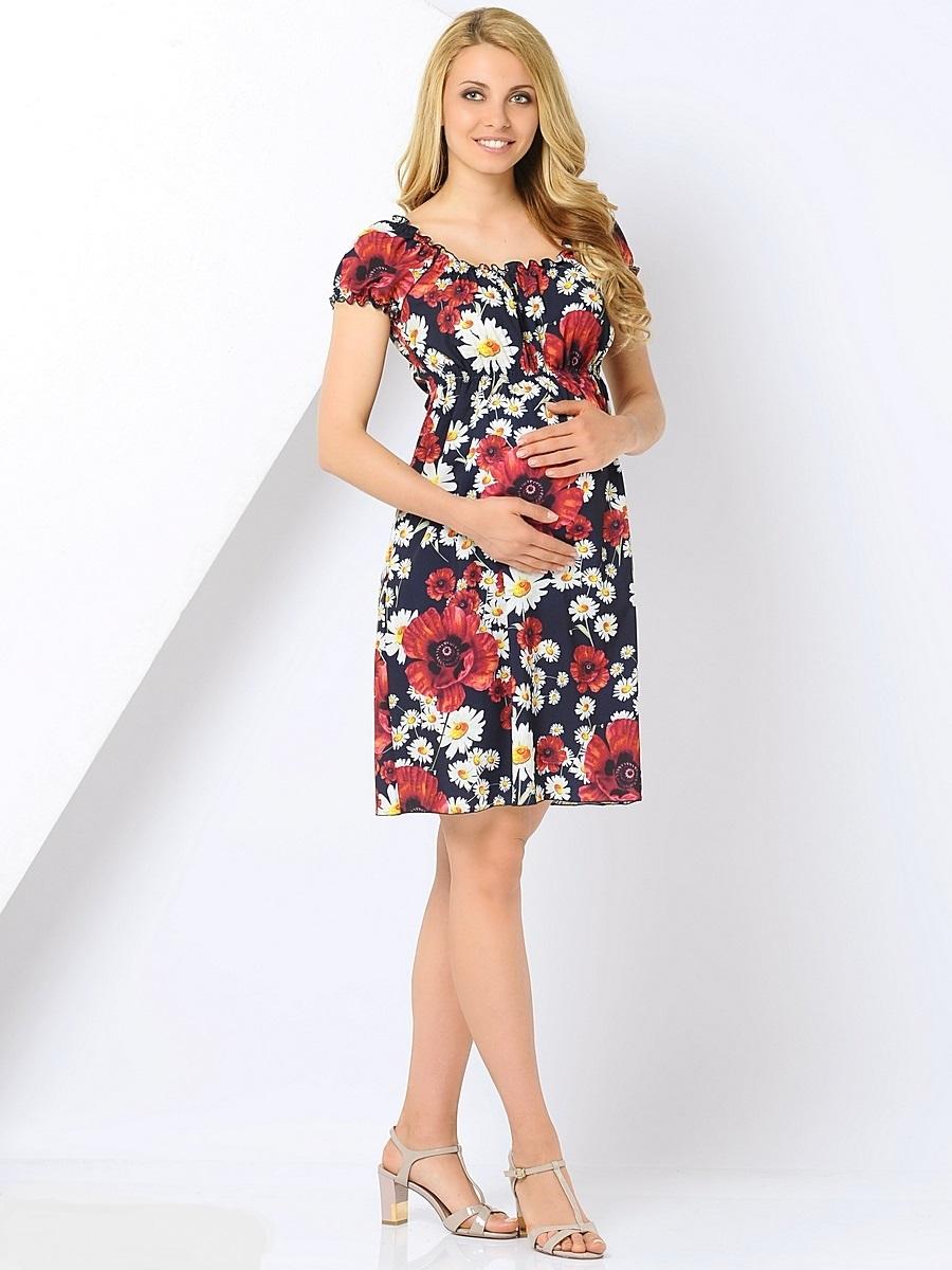 Платье310201Женственное платье из нежной ткани для беременных без сомнения станет украшением вашего летнего гардероба. Короткий рукав реглан и округлый вырез собраны на ряд тонких резинок, что создает эффект нежной драпировки. Линия талии завышена и дополнена эластичным поясом, что позволяет носить платье в любой период беременности и после нее. Свободный крой, струящаяся ткань, яркий принт, создают ощущение легкости и комфорта. В этом платье вы всегда будете выглядеть неотразимо и привлекательно.