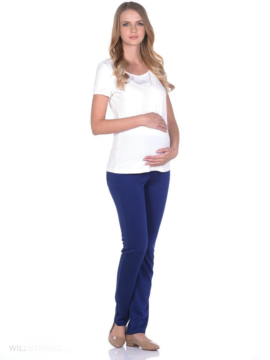 Брюки102201Стильные и комфортные брюки для беременных, изготовленные из мягкой, приятной к телу ткани. Модель с круговой трикотажной кокеткой для животика, и с регулируемой резиночкой в поясе. Брюки мягко облегают фигуру обеспечивая отличную посадку, не сковывают движений, трикотажная кокетка создаёт комфорт для животика по мере его роста. Брюки в нейтральной расцветке, с накладными задними карманами сочетаются со многими предметами одежды и обуви, подходят на протяжении всего срока беременности и после него.