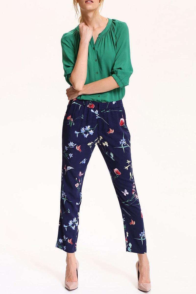 БрюкиSSP2513GRСтильные женские брюки Top Secret - брюки высочайшего качества на каждый день, которые прекрасно сидят. Модель изготовлена из вискозы. Эти модные и в тоже время комфортные брюки послужат отличным дополнением к вашему гардеробу. В них вы всегда будете чувствовать себя уютно и комфортно.