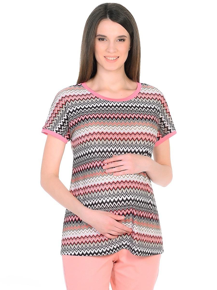 Блузка201302Блузка для беременных в лаконичном исполнении из приятной струящейся ткани, с рисунком миссони. Прямой свободный крой с короткими цельнокроеными рукавами очень удобен, и не сковывает движений, подходит для фигуры любого типа, в период беременности и после. Ткань гладкая и приятная, обладает эффектом легкой прохлады, износостойкая и почти не мнется. Фасон универсален, сочетается с разными предметами гардероба любого стиля.