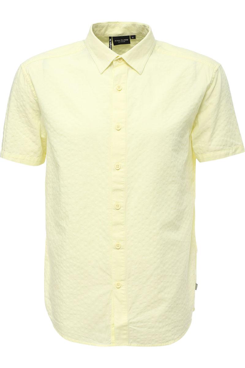Рубашка мужская Finn Flare, цвет: лаймовый. S17-22019_518. Размер M (48)S17-22019_518Рубашка с короткими рукавами – must-have в летнем гардеробе любого мужчины. Это невероятно удобный и в то же время стильный элемент образа, ведь помимо прямого кроя и удобного для комбинирования цвета, вы можете наслаждаться комфортом благодаря качественному составу ткани. Такую модель можно сочетать в джинсами, летними брюками и даже шортами.