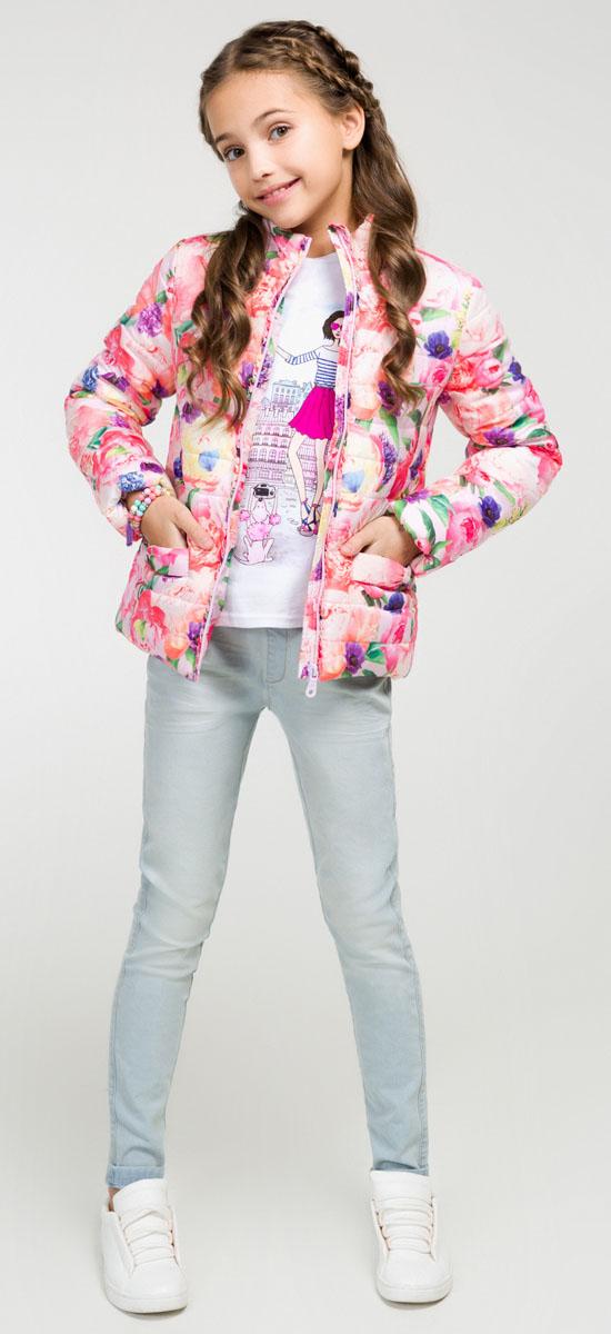 Куртка для девочки Acoola Capri, цвет: розовый. 20210130078_1400. Размер 14620210130078_1400Яркая стеганая куртка Acoola Capri приведет в восторг юную модницу! Изделие выполнено из полиэстера с водоотталкивающим покрытием и дополнено синтепоновым утеплителем. Модель прямого кроя с воротником-стойкой застегивается на застежку молнию. Куртка оформлена рюшами вдоль молнии и дополнена двумя накладными карманами, украшенными бантами. В такой стильной и теплой куртке ваша маленькая принцесса всегда будет в центре внимания!