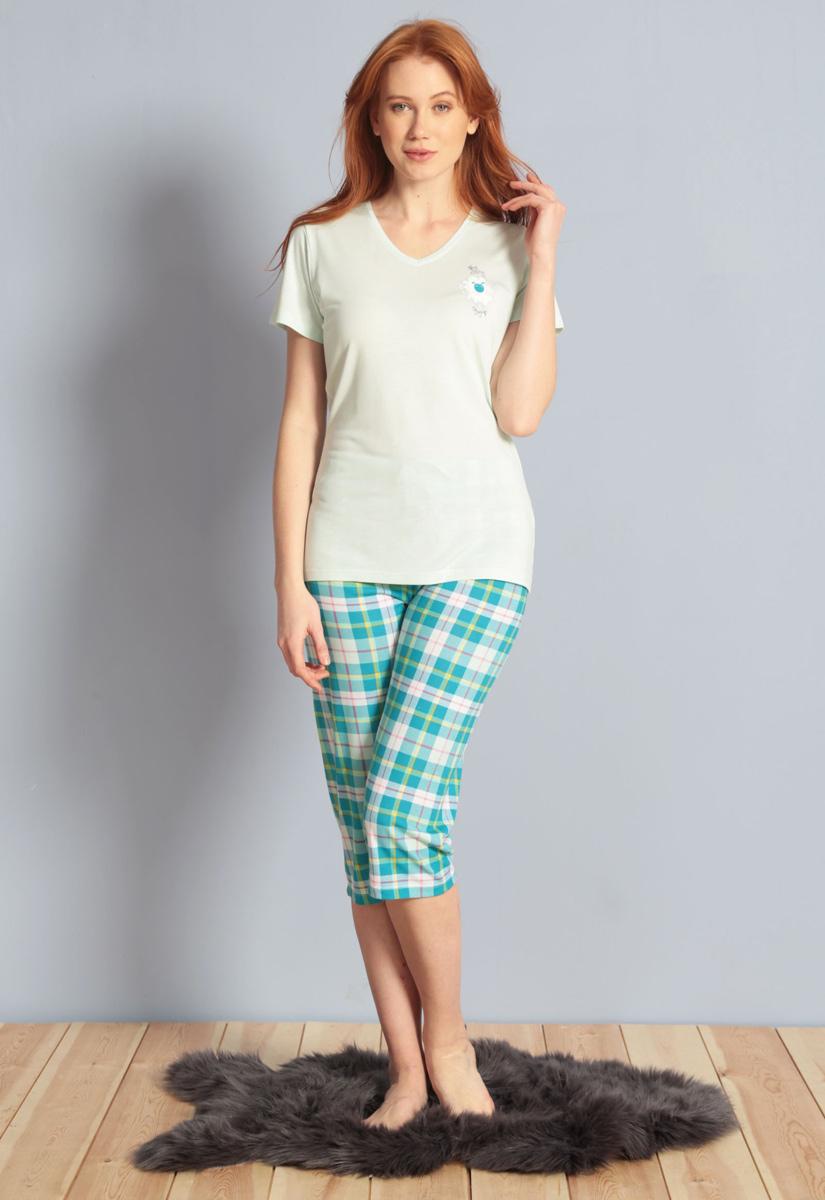 Домашний комплект женский Kezokino, цвет: бирюзовый. 609100 1246. Размер L (48)609100 1246Красивый комплект, выполненный из 100% вискозы, состоит из футболки и капри приятной расцветки. Отличный вариант для дома и отдыха на каждый день.