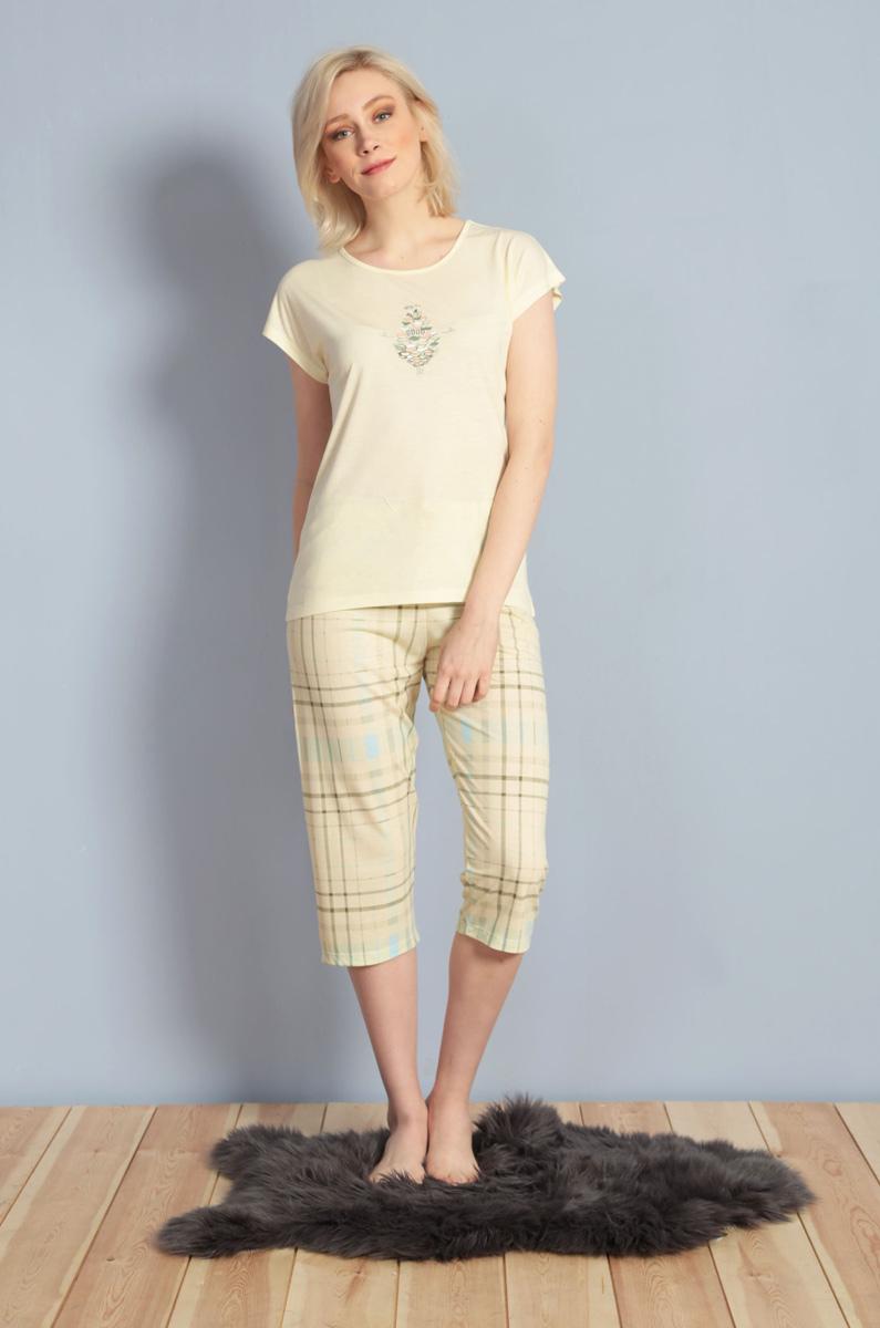 Домашний комплект женский Kezokino, цвет: экрю. 610156 1248. Размер XL (50)610156 1248Красивый комплект, выполненный из 100% вискозы, состоит из футболки и капри приятной расцветки. Отличный вариант для дома и отдыха на каждый день.