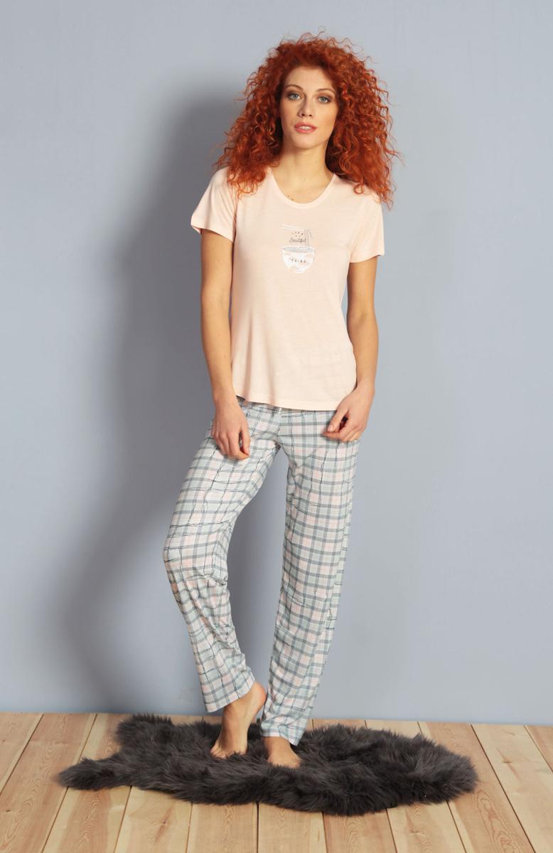 Домашний комплект женский Kezokino, цвет: розовый. 610152 1250. Размер M (46)610152 1250Красивый комплект, выполненный из 100% вискозы, состоит из футболки и брюк приятной расцветки. Отличный вариант для дома и отдыха на каждый день.