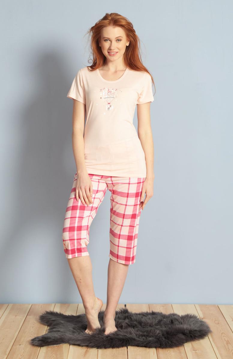 Домашний комплект женский Kezokino, цвет: розовый. 609106 1245. Размер M (46)609106 1245Красивый комплект, выполненный из 100% вискозы, состоит из футболки и капри приятной расцветки. Отличный вариант для дома и отдыха на каждый день.