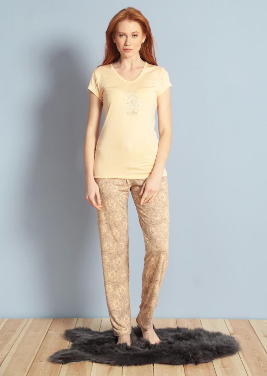 Домашний комплект женский Kezokino, цвет: персиковый. 609093 1171. Размер S (44)609093 1171Красивый комплект, выполненный из 100% вискозы, состоит из футболки и брюк приятной расцветки. Отличный вариант для дома и отдыха на каждый день.