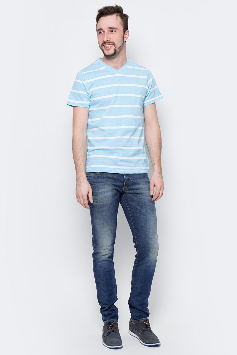 ФутболкаTs-211/2061-7214Модная мужская футболка Sela выполнена из натурального хлопка с принтом в полоску. Модель прямого кроя с V-образным вырезом горловины подойдет для прогулок и дружеских встреч и будет отлично сочетаться с джинсами и брюками. Воротник изделия дополнен мягкой трикотажной резинкой. Мягкая ткань комфортна и приятна на ощупь.