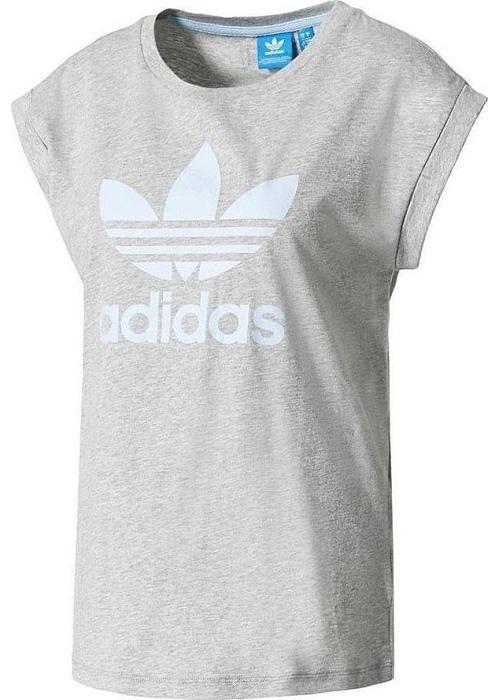 ФутболкаBJ8277Больше нет необходимости брать футболку совего парня, если у тебя есть эта модель. Расслабляюще свободный крой, большой логотип трелистника спереди, выполненный в классически цветах 70-х.
