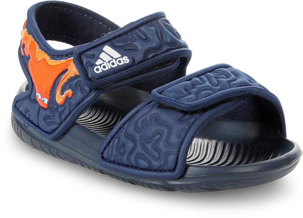 Сандалии для мальчика adidas Disney Nemo AltaSwi, цвет: темно-синий. BA9328. Размер 20BA9328В этих очаровательных пляжных сандаликах с осьминогом Хэнком из мультфильма В поисках Дори малышам будет удобно играть у бассейна или на берегу моря. Текстильная подкладка обеспечивает комфорт маленьким ножкам, а мягкие ремешки на липучке облегчают надевание и снимание.