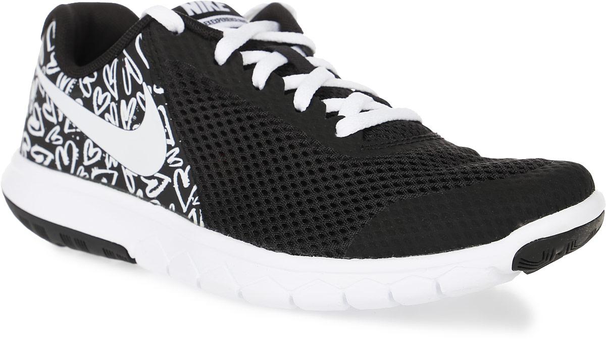 Кроссовки для девочки Nike Flex Experience 5 Print (Gs) Running Shoe, цвет: черный, белый. 844988-001. Размер 4,5 (36)844988-001Модные кроссовки для девочки Flex Experience 5 Print (Gs) Running Shoe от Nike, выполненные из натуральной кожи и сетчатого текстиля, оформлены бесшовными накладками из ПВХ. Подкладка и стелька из текстиля обеспечивают комфорт. Шнуровка надежно зафиксирует модель на ноге. Подошва дополнена рифлением.