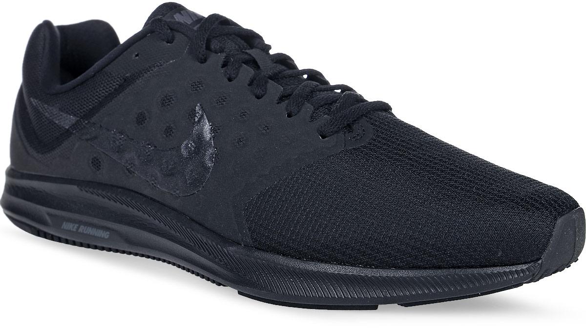 Кроссовки для бега мужские Nike Downshifter 7, цвет: черный. 852459-001. Размер 13 (47,5)852459-001Модные мужские кроссовки для бега Downshifter 7 от Nike выполнены из текстиля и дополнены бесшовными накладками. Подкладка и стелька из текстиля обеспечивают комфорт. Шнуровка надежно зафиксирует модель на ноге. Эластичная полноразмерная подошва из материала Phylon оснащена резиновой подметкой для прочности и оптимального сцепления с поверхностью. Эластичные желобки обеспечивают естественную свободу движений от носка до пятки.