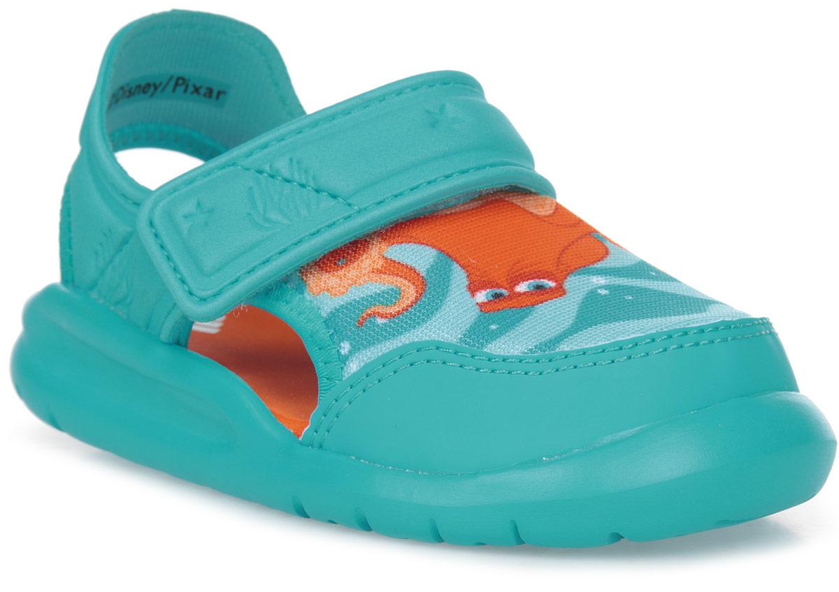 Сандалии для мальчика adidas Disney Nemo FortaSw, цвет: голубой. BA9333. Размер 24BA9333В этих очаровательных пляжных сандаликах с осьминогом Хэнком из мультфильма В поисках Дори малышам будет удобно играть у бассейна или на берегу моря. Текстильная подкладка обеспечивает комфорт маленьким ножкам, а мягкие ремешки на липучке облегчают надевание и снимание.
