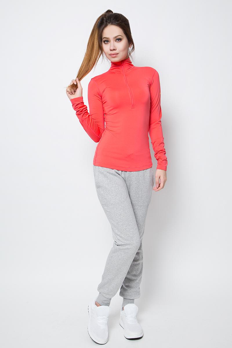 Лонгслив женский Nike Np Wm Top Ls Hz, цвет: коралловый. 803145-850. Размер L (46/48)803145-850Лонгслив от Nike выполнен из эластичного полиэстера. Модель с воротником-стойкой обеспечивает оптимальное тепло, воздухопроницаемость и свободу движений. Технология Nike Pro Hyperwarm обеспечивает зональную защиту от холода и отводит влагу от кожи. Молния для удобного переодевания. Модель имеет вырезы для больших пальцев и плоские швы.