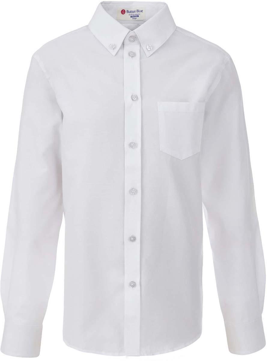 Рубашка для мальчика Button Blue, цвет: белый. 217BBBS23040200. Размер 122, 7 лет217BBBS23040200Рубашка для мальчика - основа повседневного школьного образа! Школьные рубашки от Button Blue - это качество и комфорт, отличный внешний вид, удобство в уходе, высокая износостойкость. Рубашка с длинными рукавами и отложным воротничком застегивается на пуговицы. Готовясь к школьному сезону, вам стоит купить рубашки в трех-четырех цветах, чтобы разнообразить будни ученика.