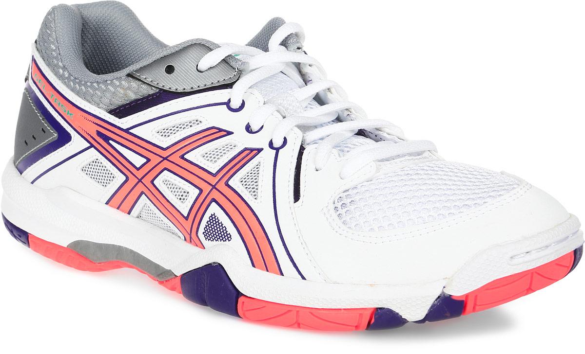 Кроссовки для волейбола женские Asics Gel-Task, цвет: белый, коралловый. B555Y-0106. Размер 10H (41)B555Y-0106Женские кроссовки Asics Gel-Task - это удобная обувь для зальных видов спорта. Модель выполнена из комбинации сетчатого текстиля и легкой искусственной кожи. Подъем оформлен классической шнуровкой, которая надежно фиксирует обувь на ноге и регулирует объем.Стелька, идеально подстраивающаяся под анатомические контуры стопы, изготовлена из ЭВА материала с верхним покрытием из текстиля. Подкладка из текстиля обеспечит уют.Вставка из термостойкого геля на силиконовой основе значительно уменьшает нагрузку на пятку, колени и позвоночник спортсменки, снижая возможность получения травмы.По бокам кроссовки декорированы оригинальным принтом. Язычок и задник дополнены символикой бренда.Колодка California предназначена для стабильности и комфорта.Система Trusstic - обеспечивает стабильность и, в комбинации с формованной средней подошвой, предотвращает скручивание.Износостойкая подошва оснащена рифлением.