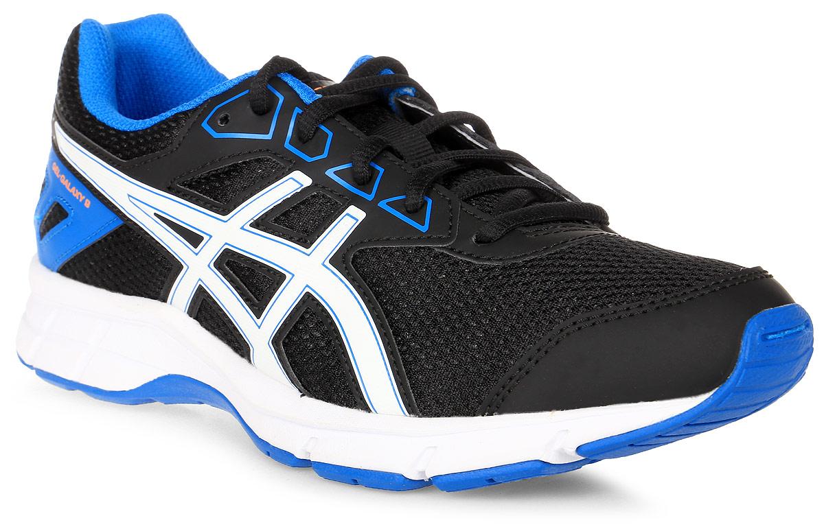 Кроссовки детские Asics Gel-Galaxy 9 Gs, цвет: черный, белый, синий. C626N-9001. Размер 4H (35,5)C626N-9001Зачем идти, если можно бежать? Детские беговые кроссовки Asics Gel-Galaxy 9 Gs— комфорт для ног в школе, на спортплощадке или в парке. Ноги ощущают комфорт в обуви с отличной амортизацией и дышащим сетчатым верхом. Цвета этой яркой и стильной модели точно вам понравятся. Кроссовки созданы для повседневной жизни, будь то школьные будни или выходные. Полный комфорт благодаря плотной посадке и амортизации в задней части подошвы.