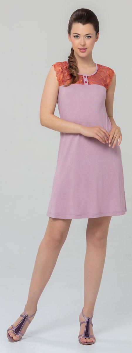 Ночная рубашка женская Tesoro, цвет: розовый. 445С1. Размер 52445С1Женская ночная сорочка Tesoro изготовлена из нежного вискозного полотна. Длина - немного выше колена. Изделие декорировано мягким кружевом и дополнено пуговицами.